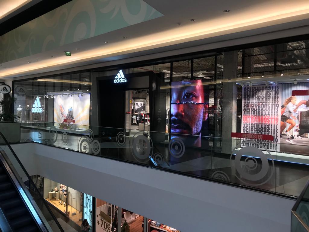 57739e117c1 Adidas® Leiria Shopping