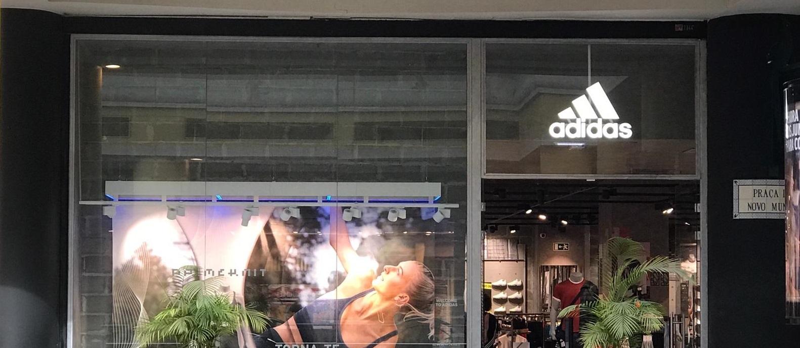 84326399b3a Adidas® Colombo